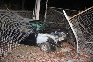 Car Crashes into Air Products Fence, Marian Avenue, Rush Township, 1-18-2014 (34)