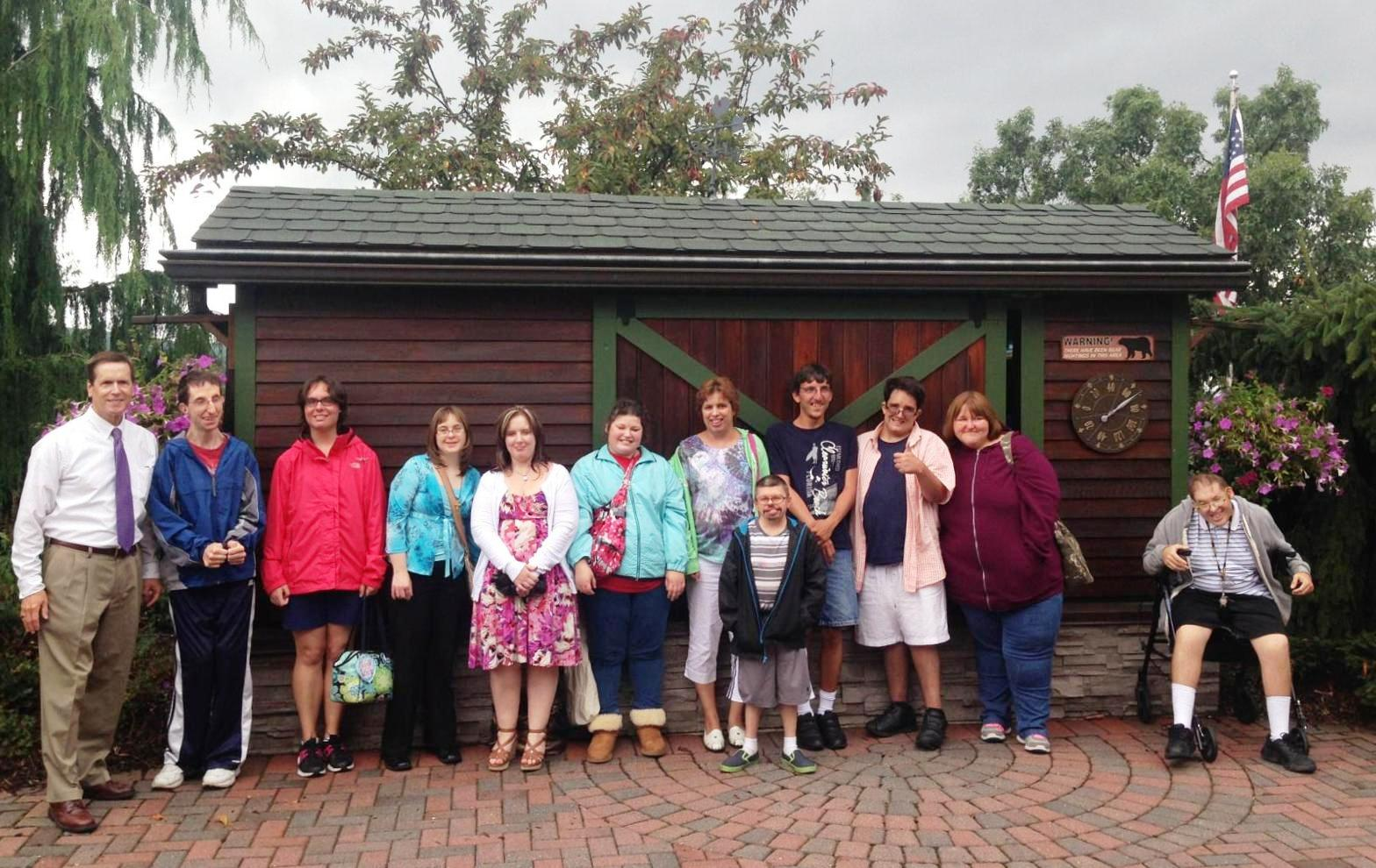 TAMAQUA'S ACCESS SERVICES L I F E  GROUP VISITS WNEP 16 NEWS STATION
