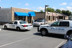 Police Outside Mauch Chunk Trust, MCT, Following Armed Robbery, Hometown, 8-26-2014 (15)