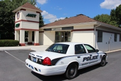 Police Outside Mauch Chunk Trust, MCT, Following Armed Robbery, Hometown, 8-26-2014 (18)