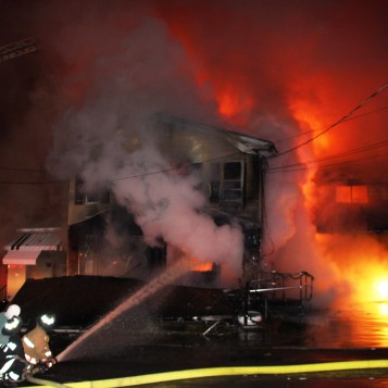 House Fire, Sunny Drive, Mary D, 12-7-2014 (1)