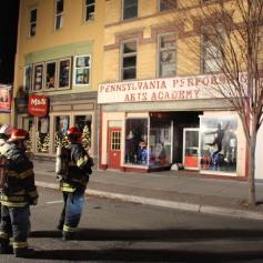 Smoke Scare, 12, 14 West Broad Street, Tamaqua, 12-5-2014 (49)