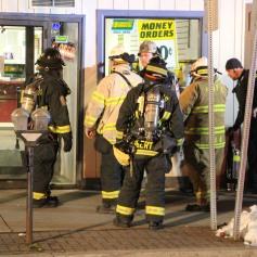 Smoke Scare, 12, 14 West Broad Street, Tamaqua, 12-5-2014 (55)
