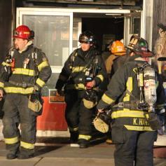 Smoke Scare, 12, 14 West Broad Street, Tamaqua, 12-5-2014 (85)