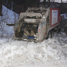 Garbage Truck Snaps Pole, Crashes Into Tree, Elm Street, Tamaqua, 2-13-2015 (64)