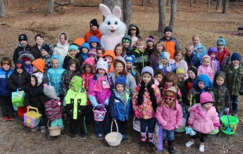 Egg Hunt, via Alpha Beta Phi, Bungalow Park, Tamaqua, 3-28-2015 (2)