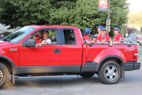Tamaqua Little League Parade, Broad Street, Tamaqua, 6-21-2015 (130)