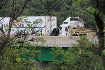 3 Tractor Trailer Accident, Mile Marker 126, Interstate 81, 7-30-2015 (20)