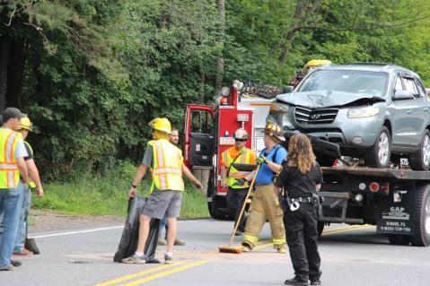 4 People Injured, MVA, Clamtown Road, SR443, West Penn, 8-12-2015 (10)