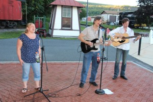 Amanda & Me perform, as part of Chamber Summer Concert Series, Train Station, Tamaqua (5)