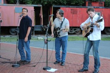 Amanda & Me perform, as part of Chamber Summer Concert Series, Train Station, Tamaqua (69)