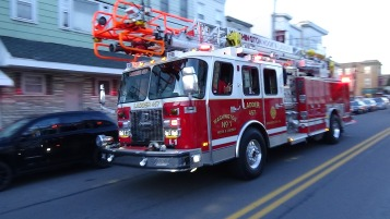 Apparatus Parade during Citz Fest, Citizens Fire Company, Mahanoy City, 8-21-2015 (101)