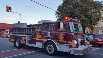 Apparatus Parade during Citz Fest, Citizens Fire Company, Mahanoy City, 8-21-2015 (26)