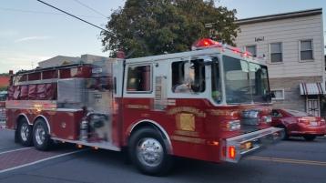 Apparatus Parade during Citz Fest, Citizens Fire Company, Mahanoy City, 8-21-2015 (29)