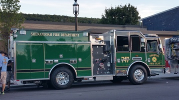 Apparatus Parade during Citz Fest, Citizens Fire Company, Mahanoy City, 8-21-2015 (4)