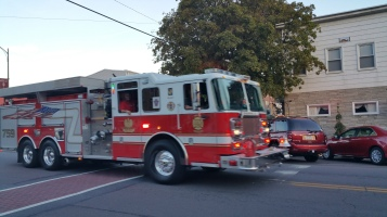 Apparatus Parade during Citz Fest, Citizens Fire Company, Mahanoy City, 8-21-2015 (48)