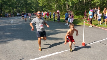 Chris and Kevin Truskey 5K, 10K, Run, Walk, Tuscarora State Park, Barnesville, 8-29-2015 (267)