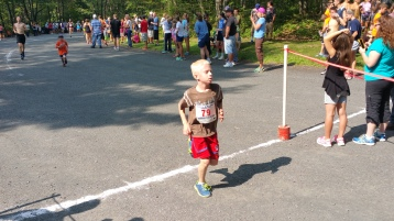Chris and Kevin Truskey 5K, 10K, Run, Walk, Tuscarora State Park, Barnesville, 8-29-2015 (303)