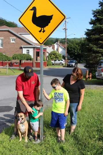 Duck Warning, Crossing Signs Placed, 8-Year-Old Boy, Schuylkill Avenue, Tamaqua, 8-7-2015 (21)