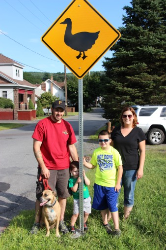 Duck Warning, Crossing Signs Placed, 8-Year-Old Boy, Schuylkill Avenue, Tamaqua, 8-7-2015 (30)