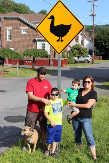 Duck Warning, Crossing Signs Placed, 8-Year-Old Boy, Schuylkill Avenue, Tamaqua, 8-7-2015 (7)