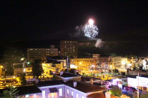 Fireworks for Dear Tamaqua, Tamaqua, 8-4-2015 (132)