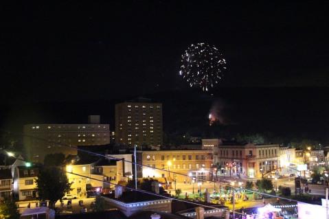 Fireworks for Dear Tamaqua, Tamaqua, 8-4-2015 (142)