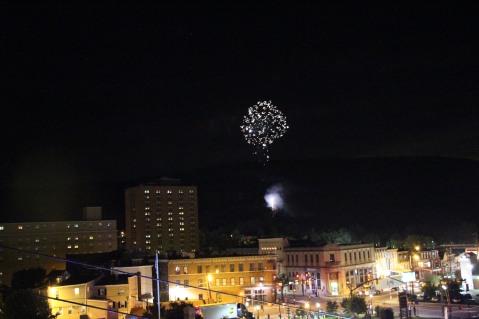 Fireworks for Dear Tamaqua, Tamaqua, 8-4-2015 (156)
