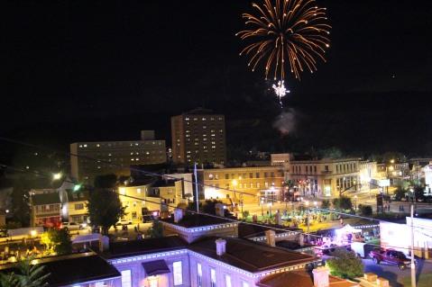 Fireworks for Dear Tamaqua, Tamaqua, 8-4-2015 (176)
