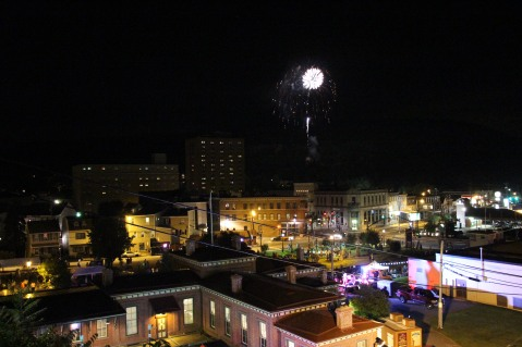 Fireworks for Dear Tamaqua, Tamaqua, 8-4-2015 (34)
