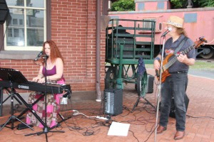 Fraser Thomas performs Acoustic Jazz, Blues & Pop during Chamber Summer Concert (4)