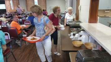 Lasagna Dinner Fundraiser, Trinity United Church of Christ, Tamaqua, 8-23-2015 (10)