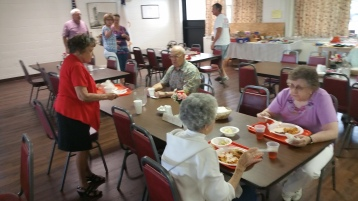 Lasagna Dinner Fundraiser, Trinity United Church of Christ, Tamaqua, 8-23-2015 (19)