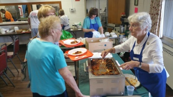 Lasagna Dinner Fundraiser, Trinity United Church of Christ, Tamaqua, 8-23-2015 (5)