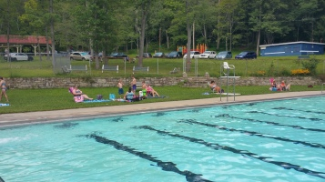 Last Season Day of Tamaqua Bungalow Pool, Tamaqua, 8-23-2015 (13)