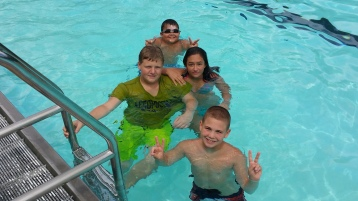 Last Season Day of Tamaqua Bungalow Pool, Tamaqua, 8-23-2015 (14)