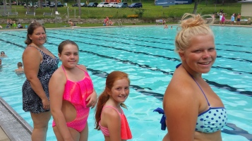 Last Season Day of Tamaqua Bungalow Pool, Tamaqua, 8-23-2015 (15)