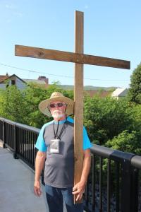 Man and a Cross, Tamaqua, 8-9-2015 (9)