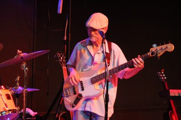 Mike Stanley and Friends perform, Tamaqua Community Arts Center, Tamaqua, 8-8-2015 (18)