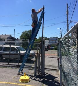 Rigging Up The Lights, for Dear Tamaqua, 8-2-2015 (2)
