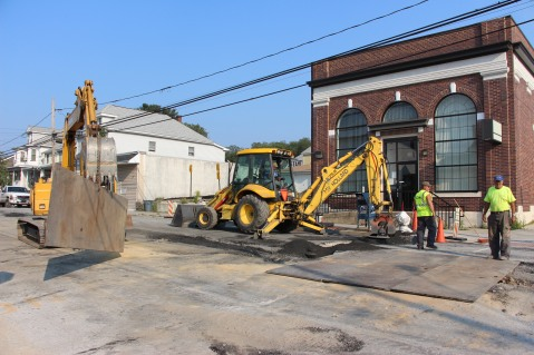 Road, Water Line Work, East Phillips Street, Coaldale, 8-17-2015 (1)