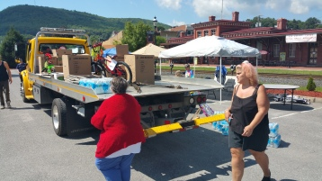 Setting Up For Salvation Army Kidz Karnival, Kids Carnival, Train Station Lot, Tamaqua, 8-4-2015 (3)