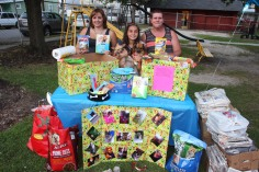 SPCA Donation Drive, Tamaqua Girl Scouts, North and Middle Ward Playground, Tamaqua, 8-13-2015 (21)