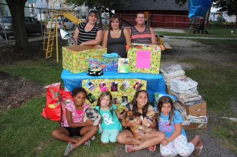 SPCA Donation Drive, Tamaqua Girl Scouts, North and Middle Ward Playground, Tamaqua, 8-13-2015 (64)