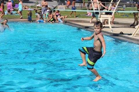 Splash Day, H.D. Buehler Memorial Bungalow Pool, Park, Tamaqua, 7-25-2015 (106)