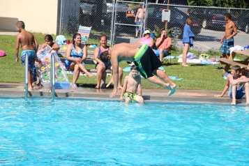 Splash Day, H.D. Buehler Memorial Bungalow Pool, Park, Tamaqua, 7-25-2015 (152)