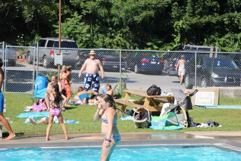 Splash Day, H.D. Buehler Memorial Bungalow Pool, Park, Tamaqua, 7-25-2015 (294)