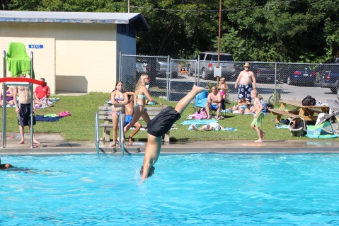 Splash Day, H.D. Buehler Memorial Bungalow Pool, Park, Tamaqua, 7-25-2015 (313)