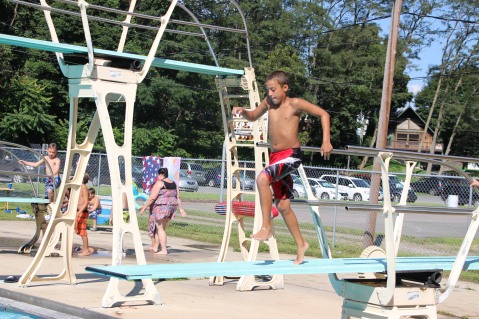 Splash Day, H.D. Buehler Memorial Bungalow Pool, Park, Tamaqua, 7-25-2015 (346)