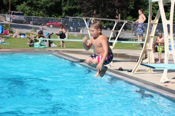 Splash Day, H.D. Buehler Memorial Bungalow Pool, Park, Tamaqua, 7-25-2015 (371)